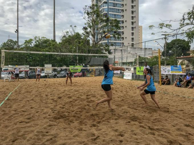 3e6834195 As areias das quadras do Jardim São Benedito foram palco neste domingo (2)  para a 3ª etapa do Campeonato Campista de Vôlei